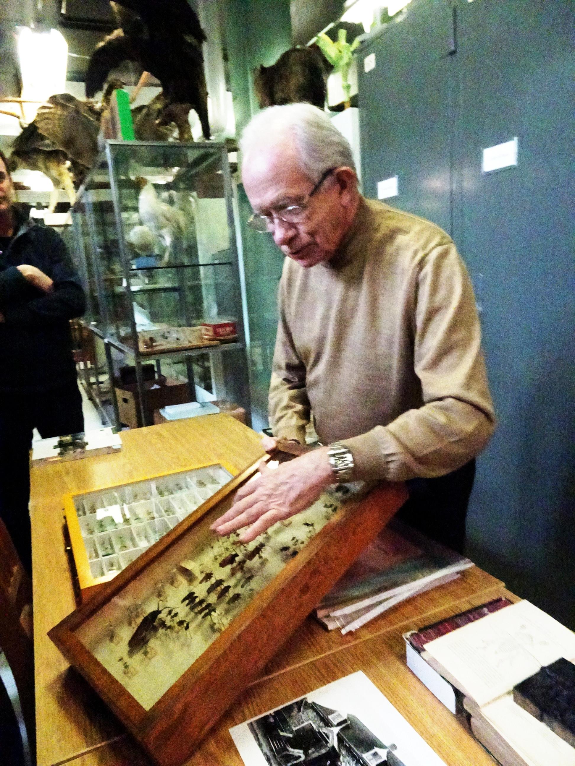 Jean-Marie Perron, entomologiste. Collection Léon-Provancher à l'Université Laval.