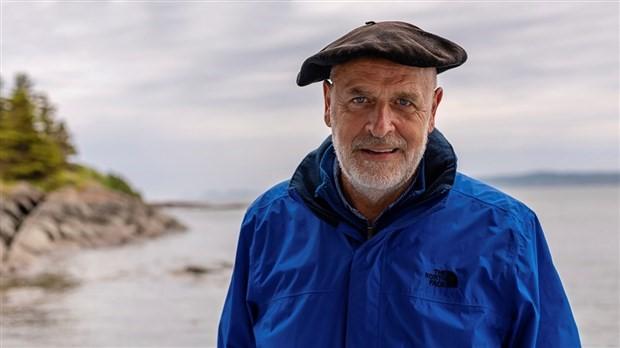 M. Jean-Pierre Rioux, capitaine et gardien de l'île aux Basques depuis 1991. Photo : Info-Dimanche.