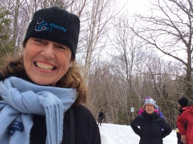 Mme Johanne Elsener, coordonnatrice de l'activité Ça marcheDoc! à la Réserve naturelle du Marais-Léon-Provancher. Le 20 avril 2019. Photo : Louise Fortin.