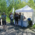 """Accueil des visiteurs lors de la Fête des voisins """"Charmants voisins"""", le 8 juin 2019 à la Réserve naturelle du Marais-Léon-Provancher."""
