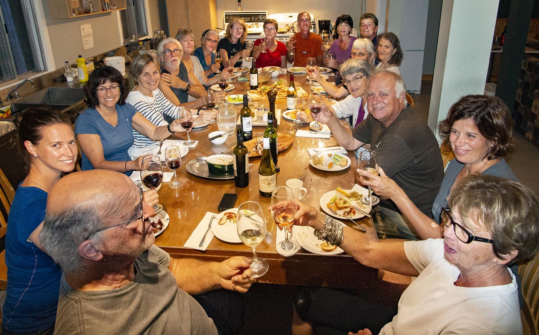 Activité de cueillette et de cuisine boréales à la Forêt Montmorency, les 18 et 19 août 2019. Les 19 participants ont grandement apprécié l'activité!