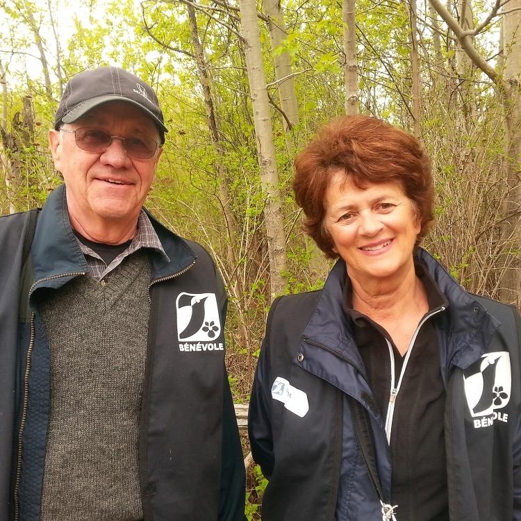 Bénévoles à la Réserve naturelle du Marais-Léon-Provancher
